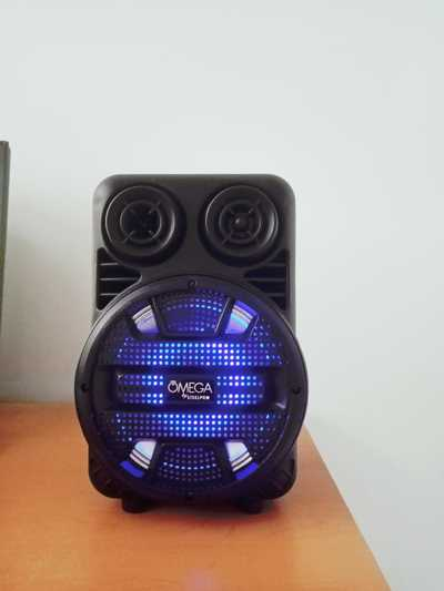 Mini Bocina Bluetooth 3,500 Watts, 4 Pulgadas.